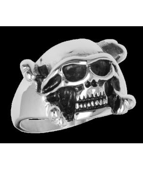 Anillo Calavera con casco Acero